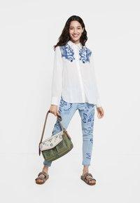 Desigual - BARCINO - Button-down blouse - white - 1