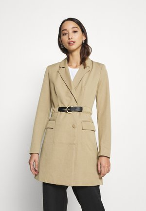 LILO - Short coat - nude
