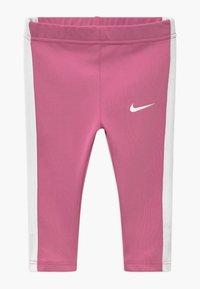 Nike Sportswear - SET - Leggings - Trousers - magic flamingo - 2