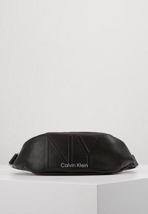 NY SHAPED WAISTBAG - Bum bag - black