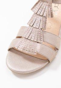 Caprice - Sandales - taupe metallic - 2