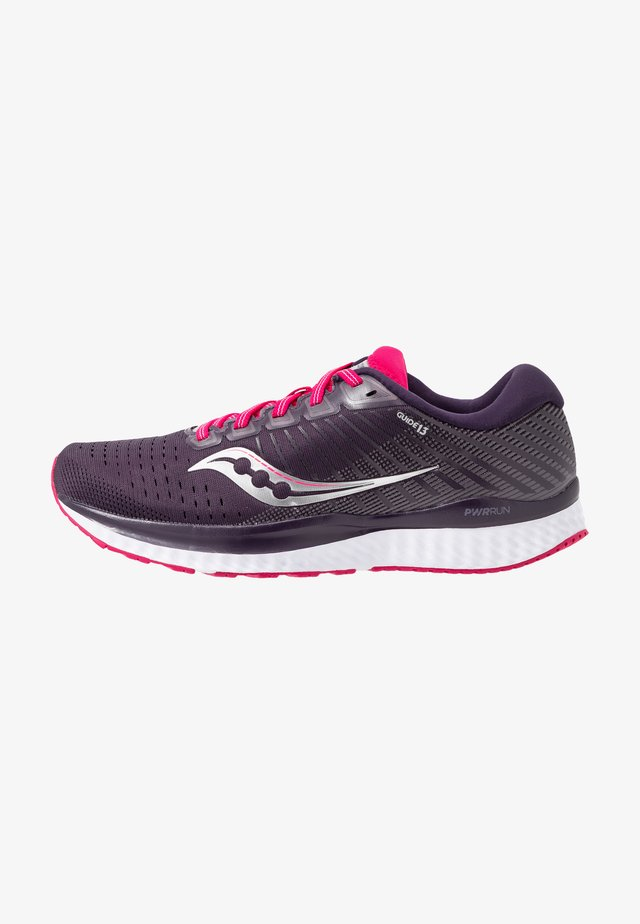 GUIDE - Neutral running shoes - dusk/berry