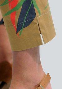 Alba Moda - Trousers - cognac,marineblau,rot,grün - 2