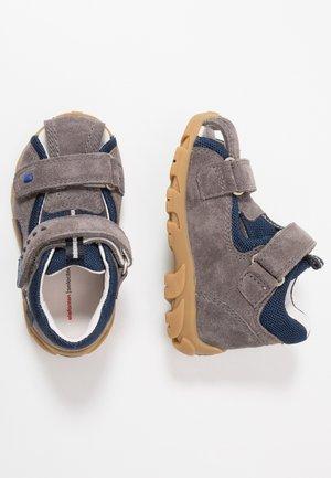 FELLOW - Sandals - grey