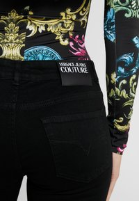 Versace Jeans Couture - Skinny džíny - black - 4