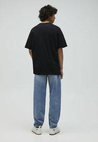 PULL&BEAR - 2PACK - OVERSIZED - T-shirt basique - white - 2