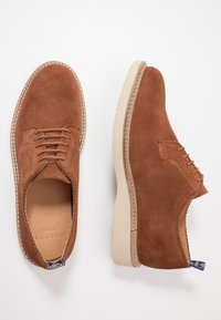 Hudson London - MARDIN - Casual lace-ups - cognac - 1