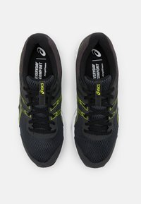 ASICS - GEL CONTEND 6 - Neutral running shoes - graphite grey/lime zest - 3