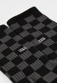 Vans - UA CHECKERBOARD CREW II (6.5-9, 1PK) - Socks - black charcoal - 2