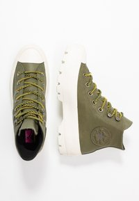 Converse - CHUCK TAYLOR ALL STAR LUGGED WATERPROOF  - Sneakers high - field surplus/vivid sulfur/egret