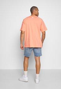 adidas Originals - TREFOIL TEE - T-shirt imprimé - chacor - 2