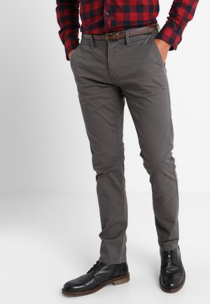 ESSENTIAL  - Trousers - magnet