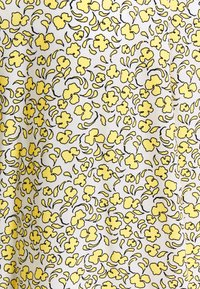 mine to five TOM TAILOR - BLOUSE V NECK PRINTED - Camiseta estampada - mellow yellow - 2