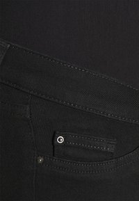 Anna Field MAMA - Jeans Skinny Fit - black denim - 2