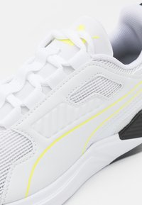 Puma - DISPERSE XT - Sports shoes - white/soft fluo yellow - 5
