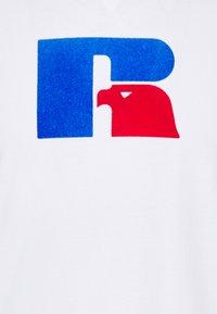 Russell Athletic Eagle R - JASPER MEN'S ICONIC REGULAR TEE UNISEX - Print T-shirt - white - 2