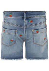 J.CREW - STRAWBERRY - Denim shorts - picnic wash - 1