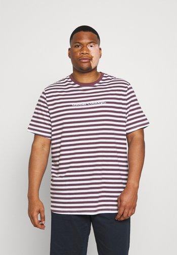 GLOBAL STRIPE LONGLINE TEE - Print T-shirt - plum
