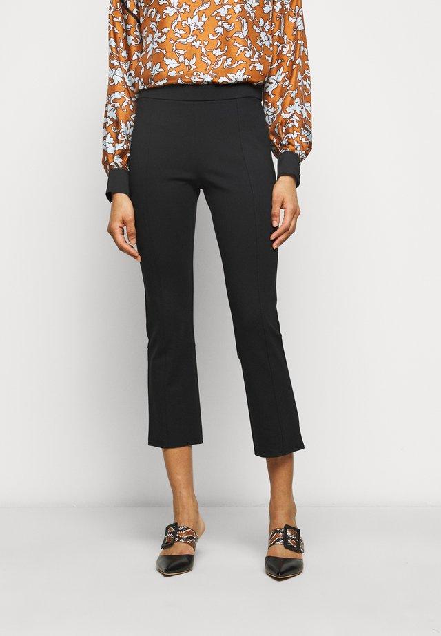 PONTE FLARE PANT - Pantalon classique - black