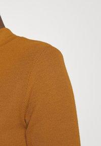 Modström - KROWN - Basic T-shirt - brown oak - 4