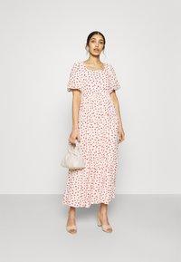 Sister Jane - PETAL POST TIERED MIDI DRESS - Denní šaty - cream - 1