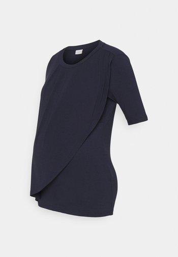 NURSING - T-shirt z nadrukiem - navy blazer