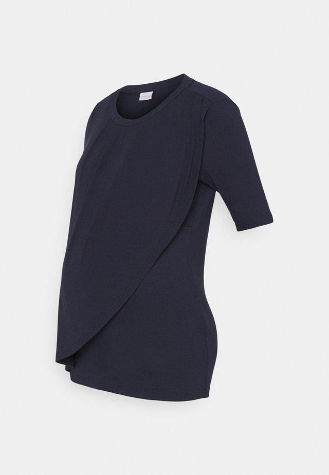 MLNEWBROOKLYN IRIS - T-shirt con stampa - navy blazer