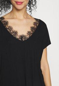 Anna Field Petite - Print T-shirt - black - 5