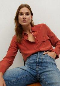 Mango - COMO - Button-down blouse - rood - 3