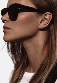 No More - LINE EAR CUFF - Earrings - silver - 0