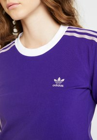 adidas Originals - ADICOLOR 3 STRIPES LONGSLEEVE TEE - Bluzka z długim rękawem - collegiate purple - 5
