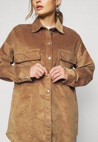 Noisy May Petite - NMFLANNY SHACKET PETITE - Summer jacket - toasted coconut - 5