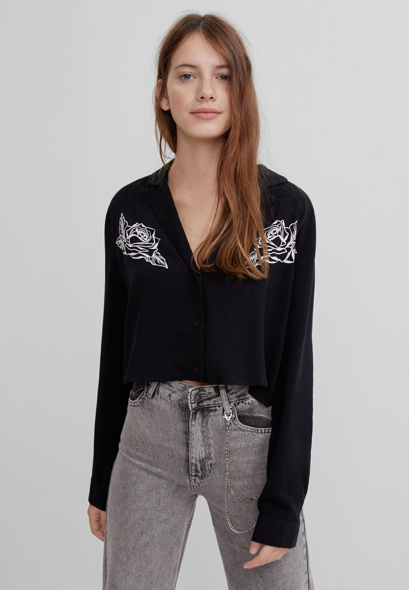Bershka - MIT PRINT  - Button-down blouse - black