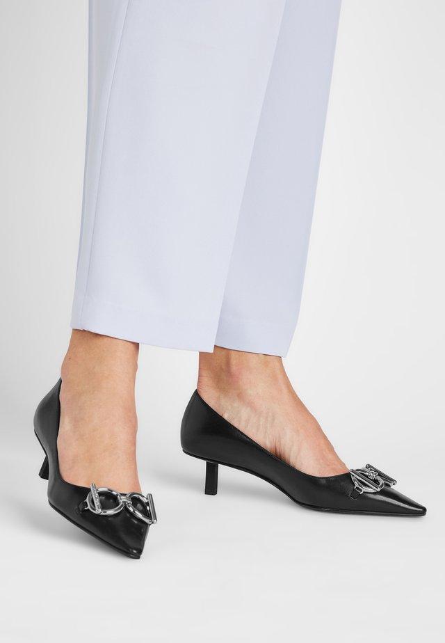 ASHLEY  - Classic heels - schwarz