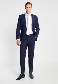 Seidensticker - SLIM SPREAD KENT PATCH - Formal shirt - weiß - 1