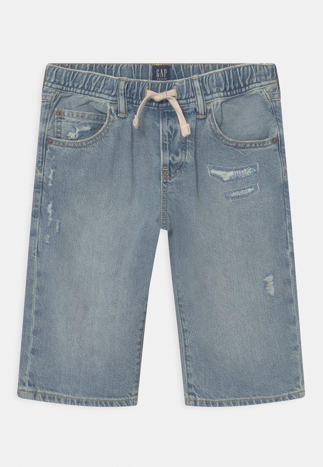 BOY - Shorts di jeans - light-blue denim