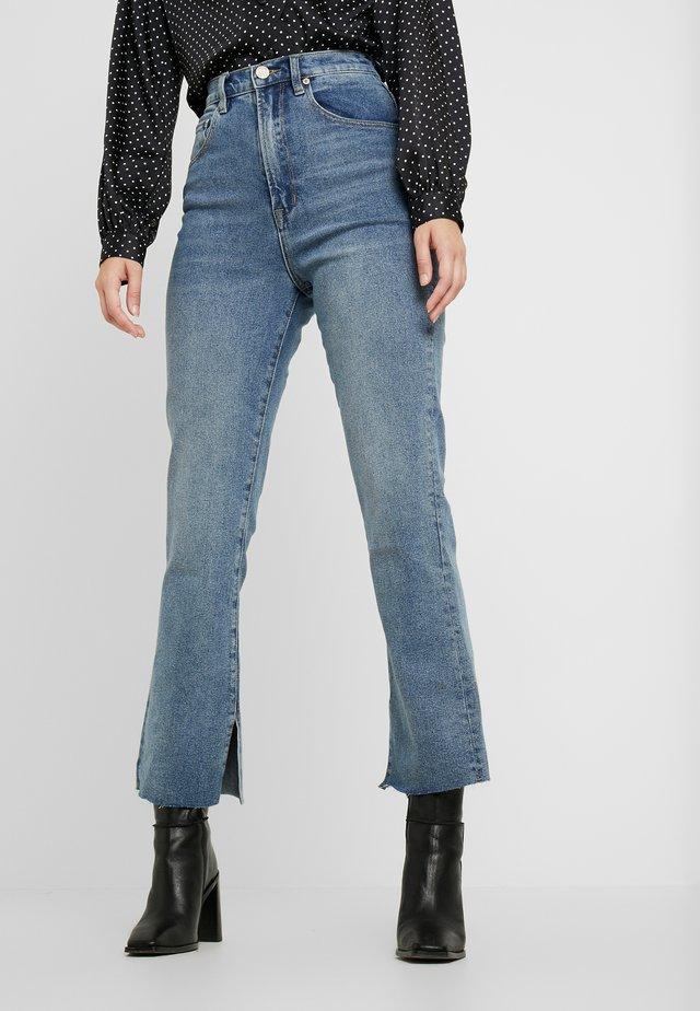 HI MUM KICK - Bootcut jeans - blue karma
