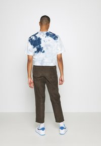 Billabong - BOWIE LAYBACK PANT - Trousers - coffee - 2