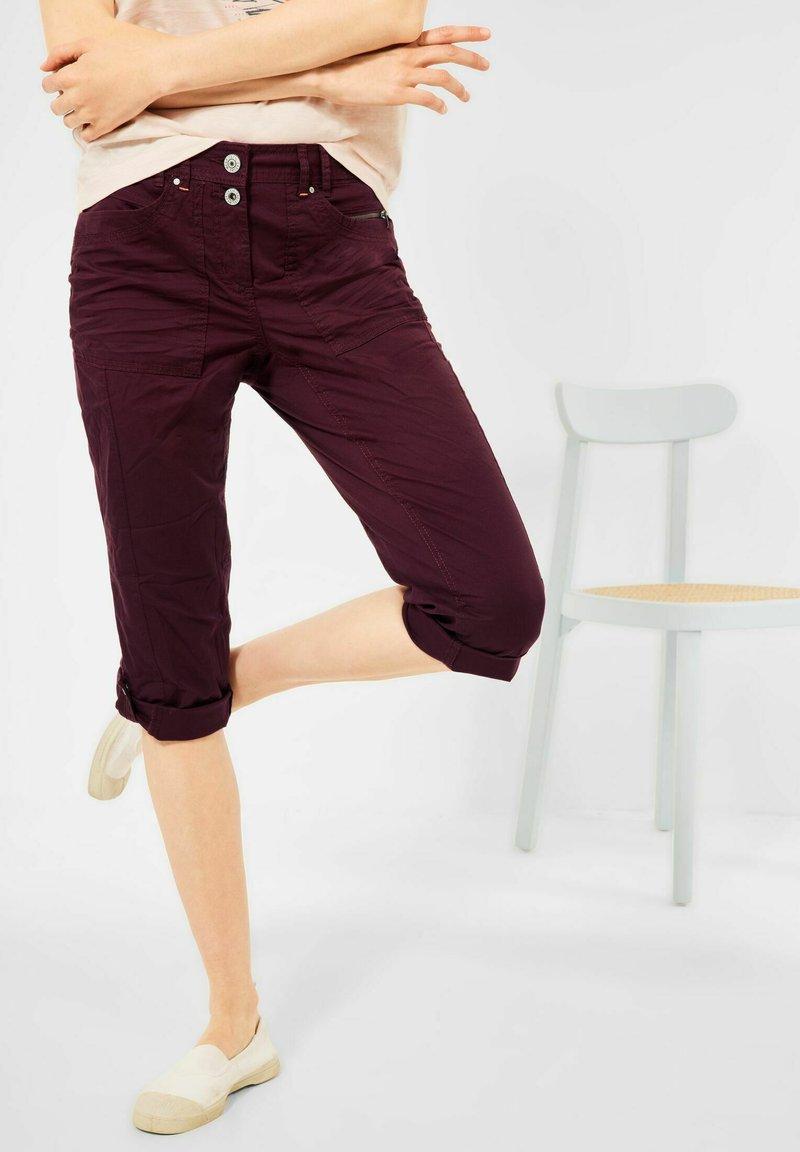Cecil - Denim shorts - rot