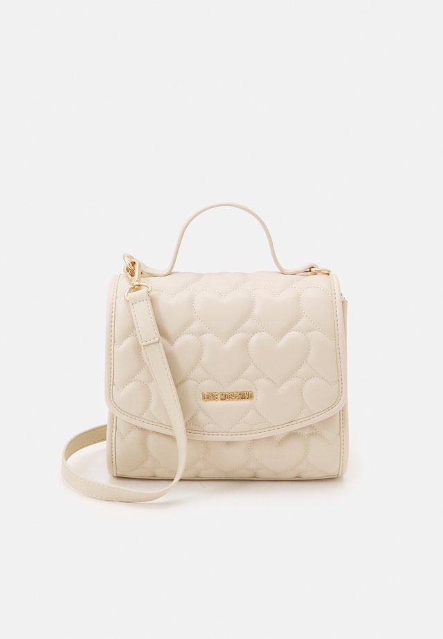 HEART QUILTED TOP HANDLE CROSSBODY - Handtas - avorio