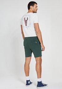 Shiwi - Shorts - cilantro - 2