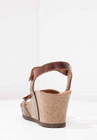 Panama Jack - JULIA CLAY - Sandalias con plataforma - dark brown - 5