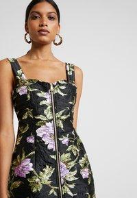 Alice McCall - WILD FLOWERS MINI - Denní šaty - black - 5