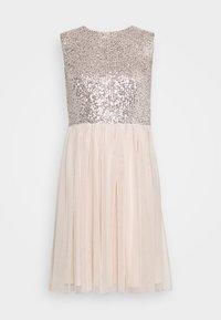 Vero Moda - VMMADDIE SHORT DRESS - Vestido de cóctel - off white - 3