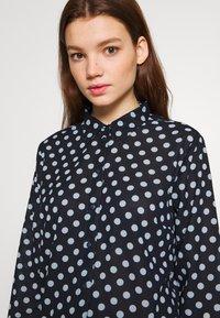 JDY - JDYRANTINI - Button-down blouse - navy blazer - 3