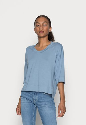 CROPPED WIDE FIT WIDER SHORT SLEEVES - Jednoduché triko - fall sky