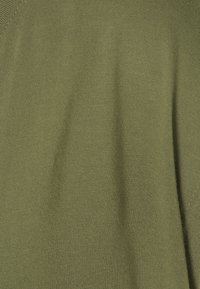 GAP - LUXE - T-shirt basic - army jacket green - 2