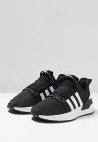 adidas Originals - U_PATH RUN - Trainers - core black/ash grey - 2