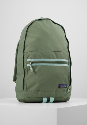 ARBOR DAY PACK 20L - Ryggsekk - camp green