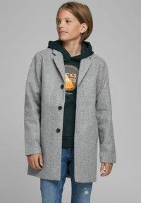 Jack & Jones Junior - Short coat - medium grey melange - 1